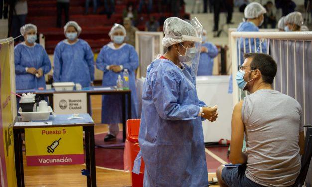¿Quiénes encabezan el ranking de provincias en cuanto al ritmo y rapidez en la campaña de vacunación?