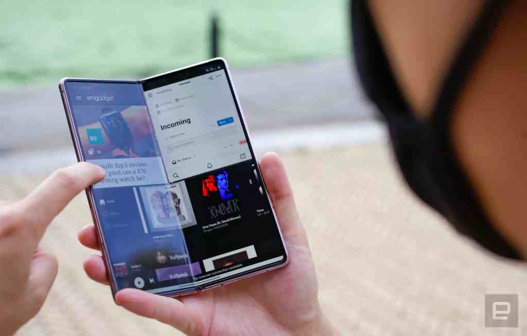 Samsung Galaxy Z Fold 2 2021 smartphones1