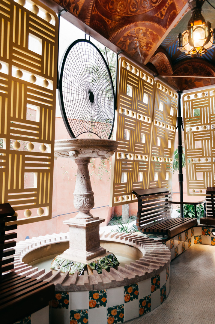 Gauds Casa Vicens complete architecture and interior