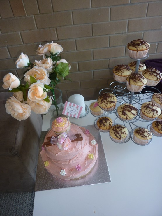 Small Tablescape -Mothers Day Cake, Flowers & Cupcakes
