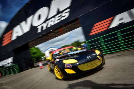 BRSCC Mazda MX-5 SuperCup 2015 Season – Photos Courtesy of Jonathon Elsey