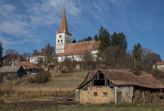 Cincu – the largest church in Transilvania
