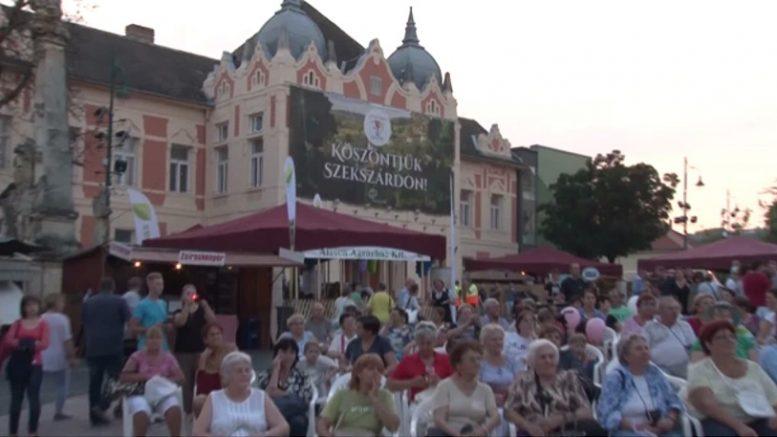 Hatvanöt program, több száz fellépő a Szekszárdi Szüreti Napokon - Bor és  Piac
