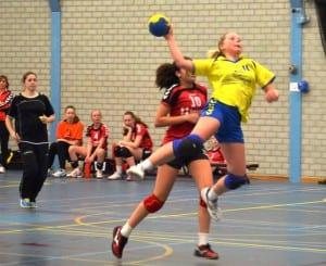 C1 Loes sprongschot 2 300x245 - Borhave  C1 kampioen !!