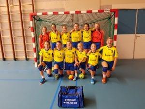 20161106 093750240 300x225 - Meisjes D2 Borhave winnen met 11-12 van Stormvogels D1!