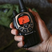 un radio walkie talkie