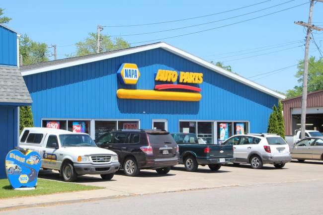 pole building auto parts store