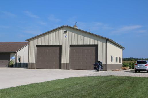 garage-door-pole-building
