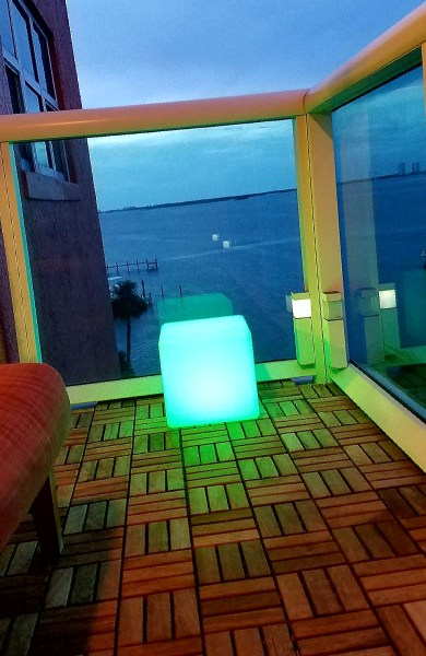 "12""LOFTEK LED Cube Rechargeable and Cordless Decorative Light with 16 RGB Colors and Remote Control, - Green Glow"