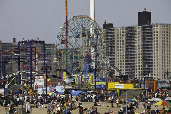 Friday (7pm): Belt out your fav tune this Friday at Karaoke on the Coney Island Boardwalk!