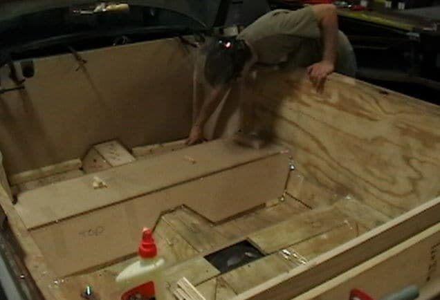 Pemasangan kayu frame