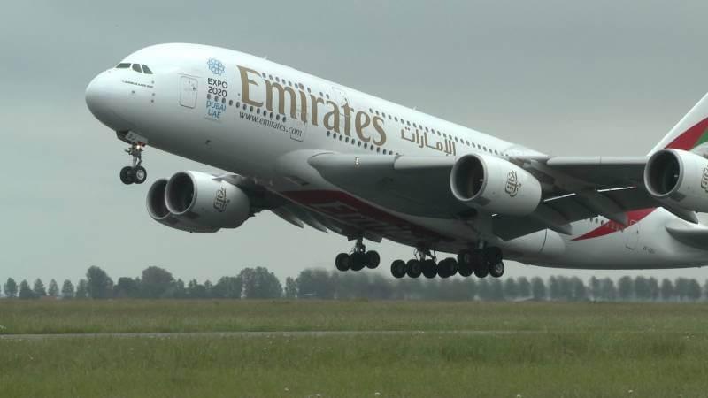 pesawat terbesar di dunia Airbus A380-800
