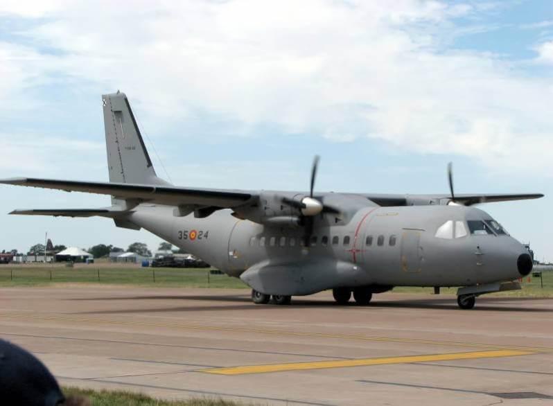 Jet Tempur Buatan Indonesia - CN-235