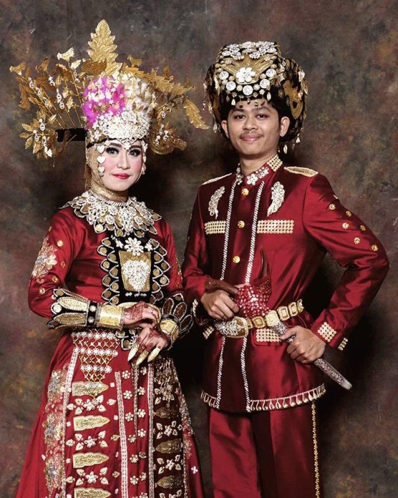 Pakaian Adat Manado Sulawesi Utara