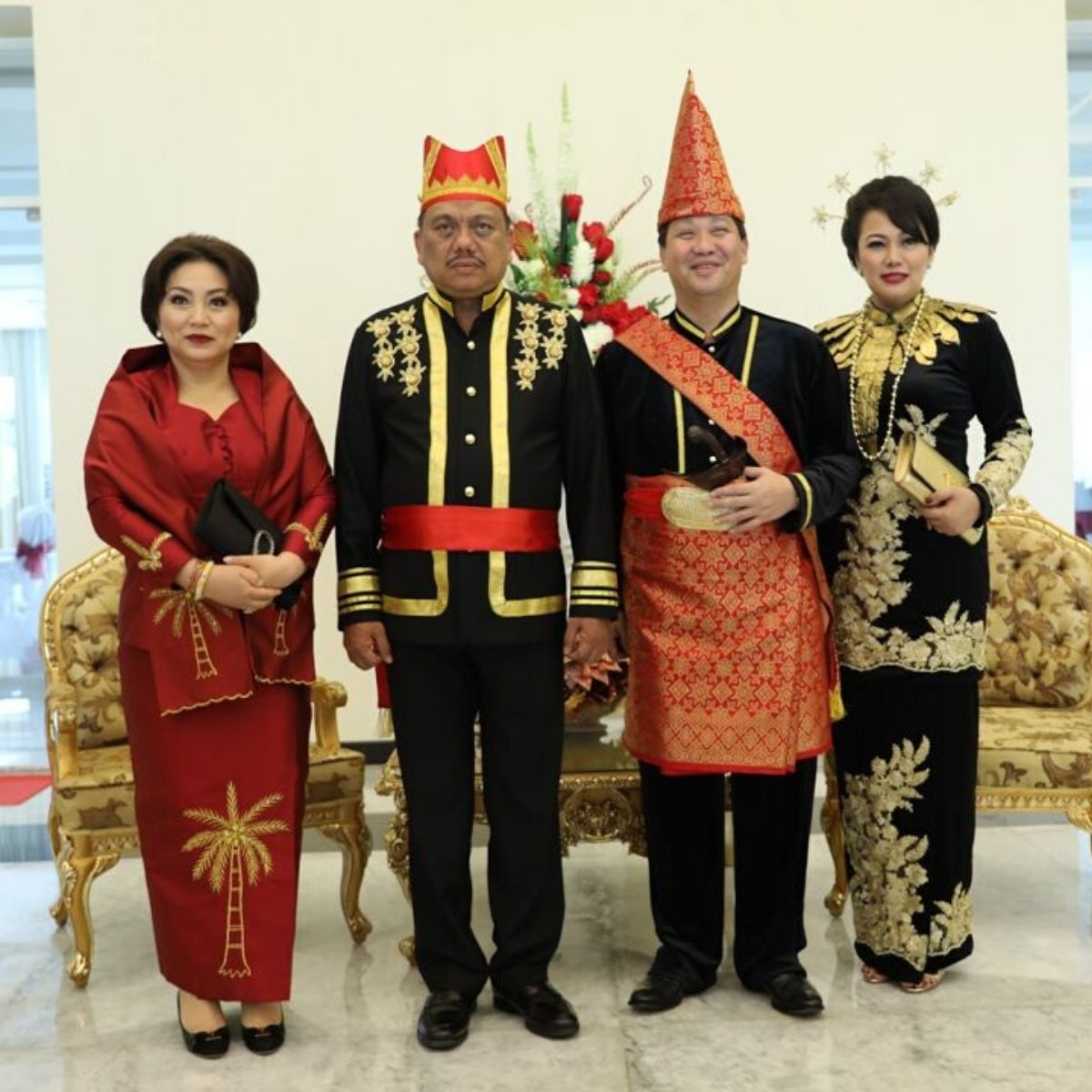 Pakaian Adat Sulawesi Utara Sangihe Taulud, Gorontalo, Minahasa, Tonaas Wangko