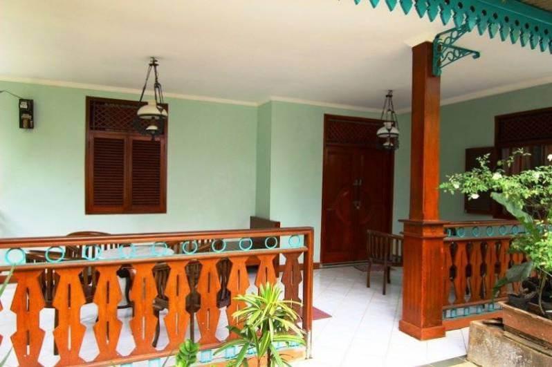 Ruang Belakang Rumah Adat Betawi