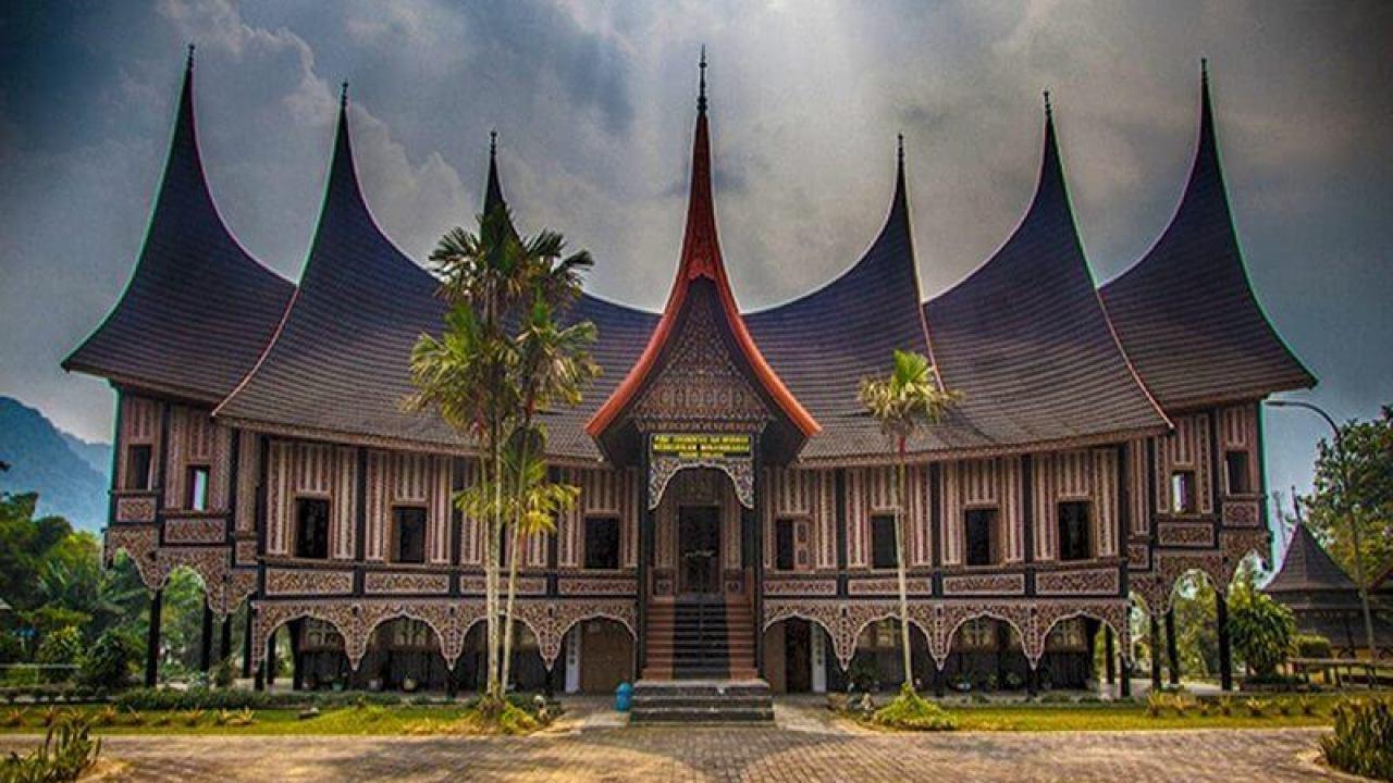 Rumah Adat Sumatera Barat Nama Ciri Khas [15 Gambar