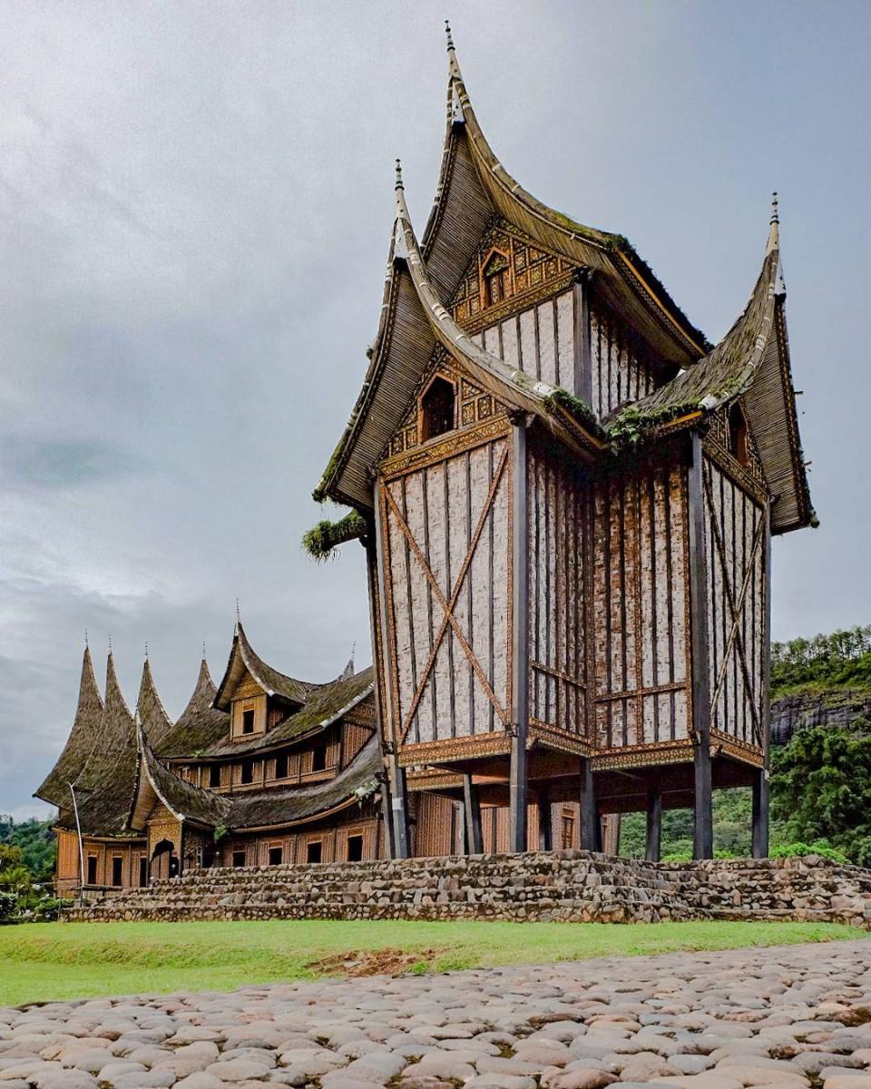Rumah Adat Sumatera Barat Nama Ciri Khas 15 Gambar Penjelasan
