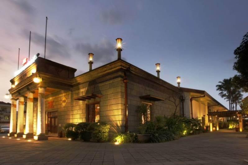 Museum di Surabaya