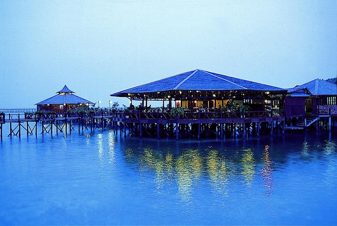 Sipadan Water Village Resort   Borneo Packages
