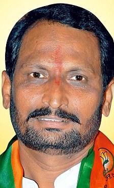 Lakshman Savadi BJP