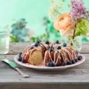 Søde sommerlækkerier med havens bær