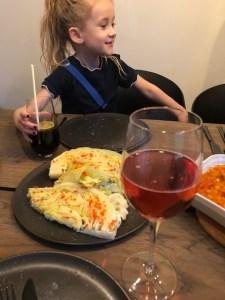 aftensmad sammen med familien