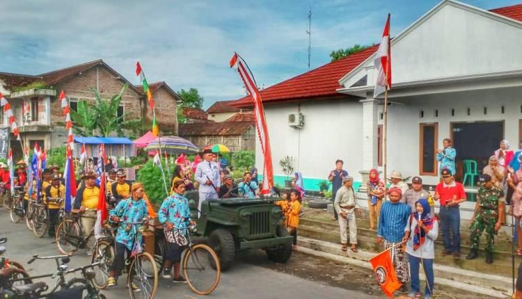 NEWS: Ribuan sepeda onthel peringati satu Dekade Bencana Banjir Lahar Dingin Merapi di Sirahan Salam Magelang (12/1/2020)-(Foto: bsn)