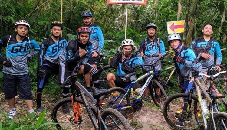 Komunitas Gowes Perum Depkes yakni GHC Magelang
