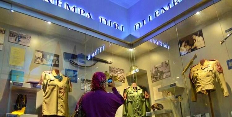 isi dalam museum SBY di komplek AKMIL Magelang
