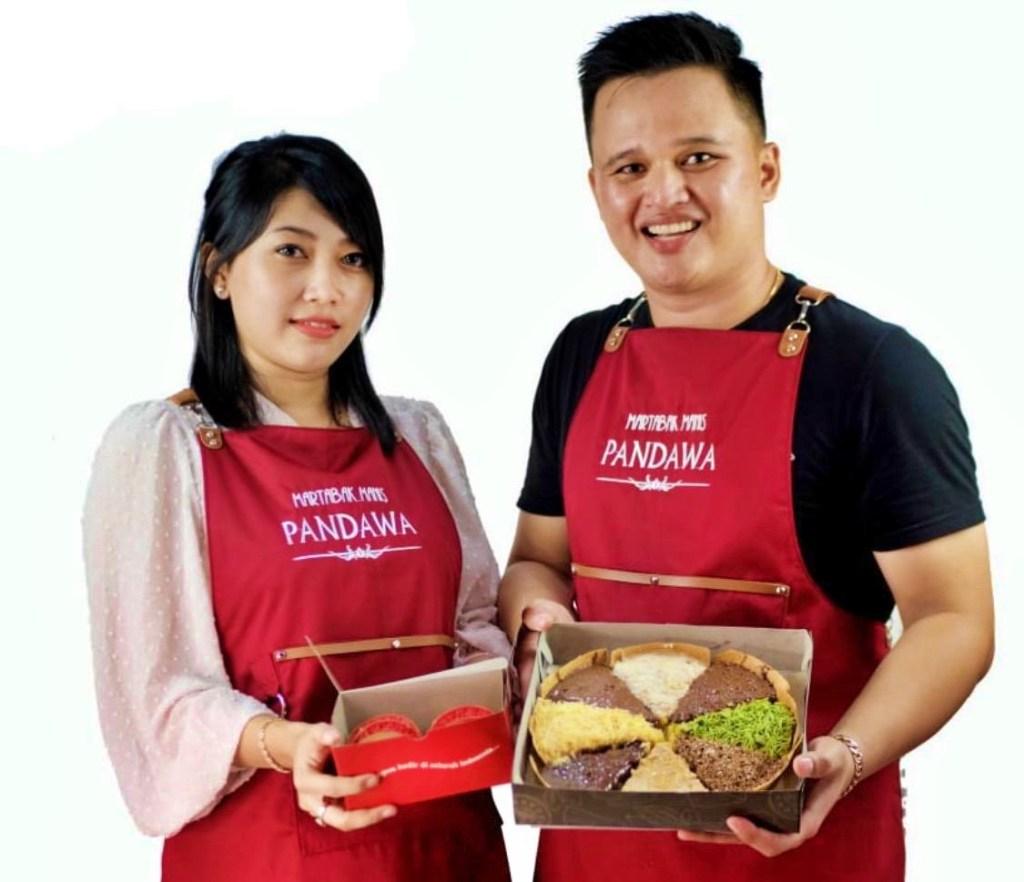 Pasangan owner Martabak Manis Pandawa Magelang