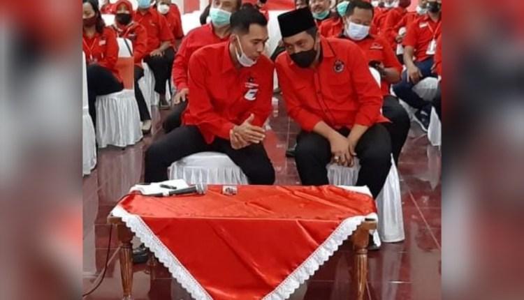 KOMPAK: Bupati Magelang Zaenal Arifin bersama Ketua DPC PDIP Kabupaten Magelang Saryan Adiyanto (kiri). (foto: her)