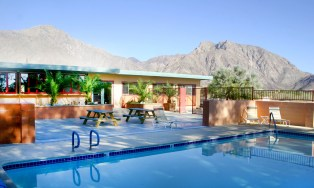 Borrego Pool and Clubhouse Refinished