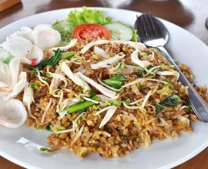 50 Makanan Khas Indonesia yang Sudah Mendunia Nasi Goreng