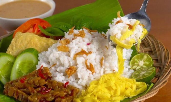 Resep Makanan Khas Indonesia yang Mudah Dibuat Nasi Uduk