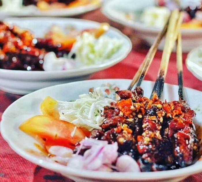 Makanan Khas Jogja Sate dan Tongseng Petir
