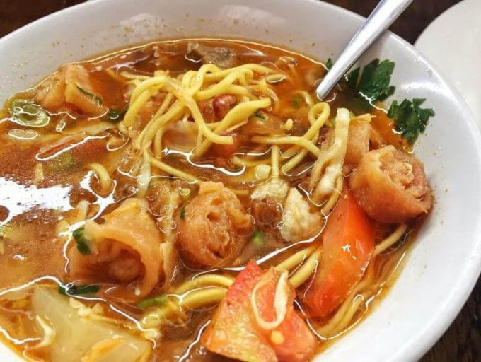 Makanan Khas Sunda Soto Mie Bogor