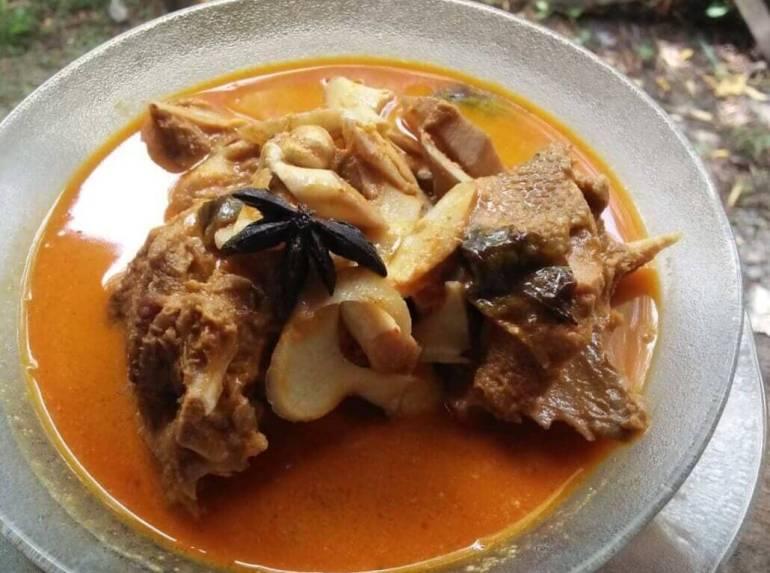 Sebutkan Makanan Khas Aceh Kuah Sie Itek