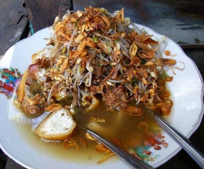 Makanan Khas Jawa Timur Lontong Balap