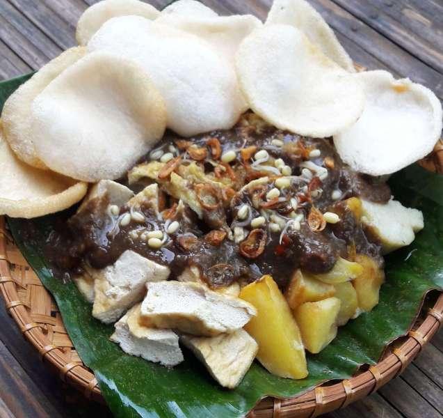 Nama Makanan Khas Jawa Timur Tahu Tek