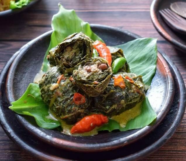 Makanan Khas Purwokerto Buntil