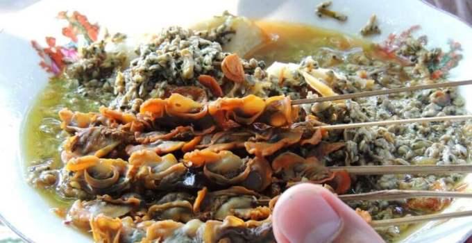 Makanan Khas Surabaya Kupang Lontong Cak Kartolo