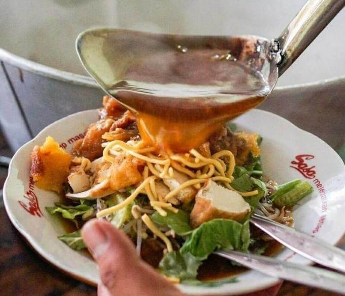 Makanan Khas Surabaya Tempo Dulu Tahu Campur Kalasan