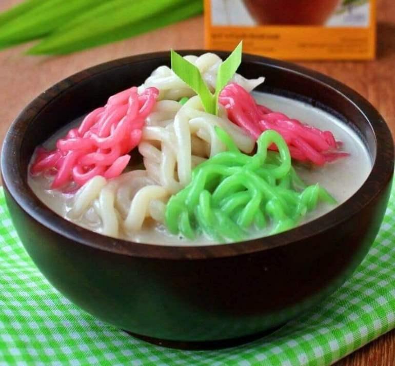 Makanan Khas Banyuwangi Kue Precet