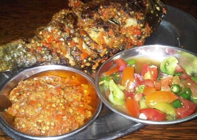 Makanan Khas Manado Ikan Bakar Sambal Dabu-dabu Lilang