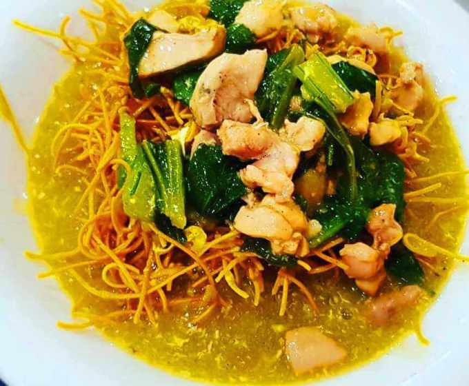 Makanan Khas Sulawesi Selatan Mie Titi