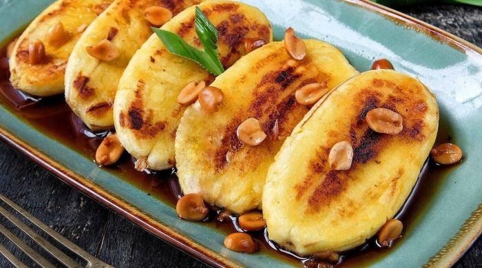 Makanan Khas Makassar Pisang Epe