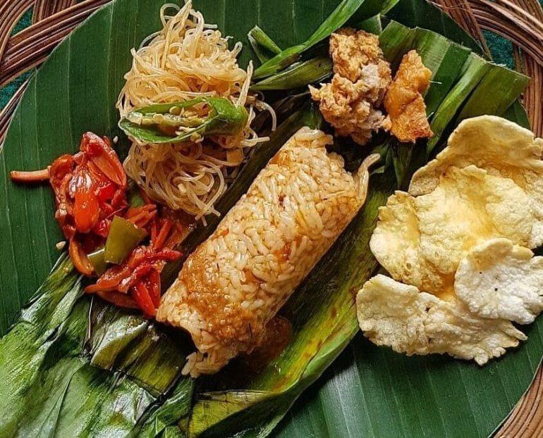 Makanan Khas Banten Nasi Sumsum