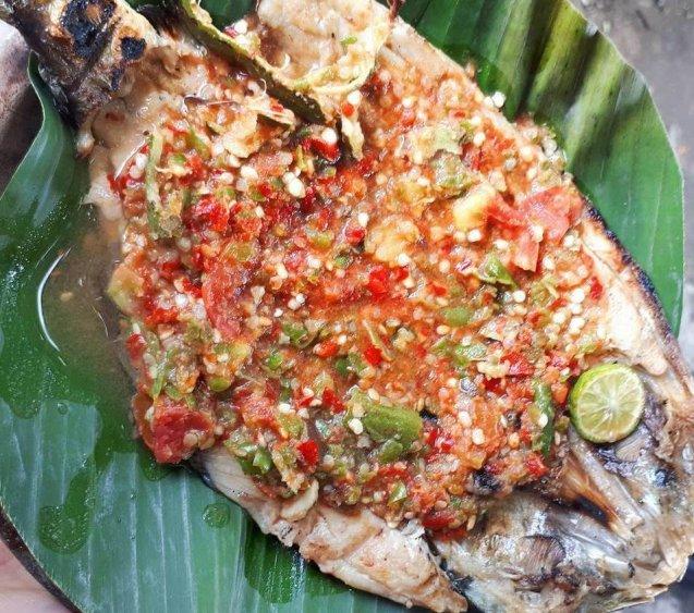 Makanan Khas Banten Pecak Bandeng