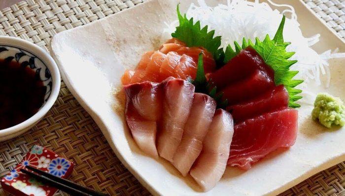 Makanan Khas Jepang Sashimi